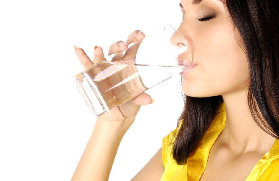Похудение с помощью воды и практические советы о правильном ее применении
